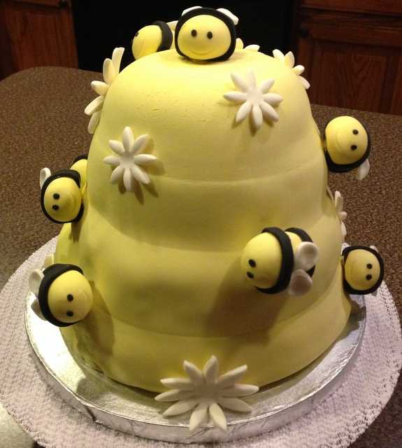 Bee Gender Reveal Cake